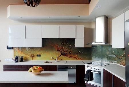 Nyomtatással dekorált üveg konyha hátfal ötletek